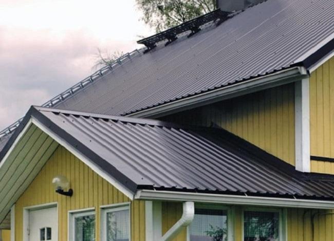 Крыша с профнастилом